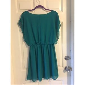 e8df57993a2 Blue Rain Dresses - Beautiful kelly green dress ☘️